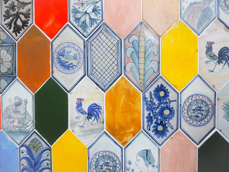 五颜六色的六角形瓷砖品种有复杂设计的 免版税库存照片