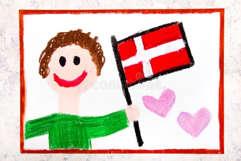五颜六色的图画:拿着旗子丹麦旗子的愉快的人 丹麦标志 库存照片