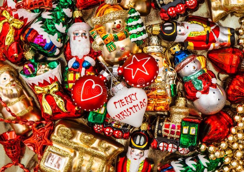 五颜六色的圣诞节中看不中用的物品、玩具和诗歌选 免版税库存图片