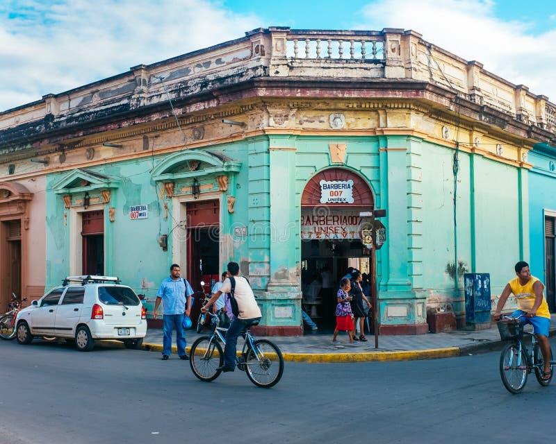 五颜六色的城市场面在马那瓜尼加拉瓜 免版税库存照片
