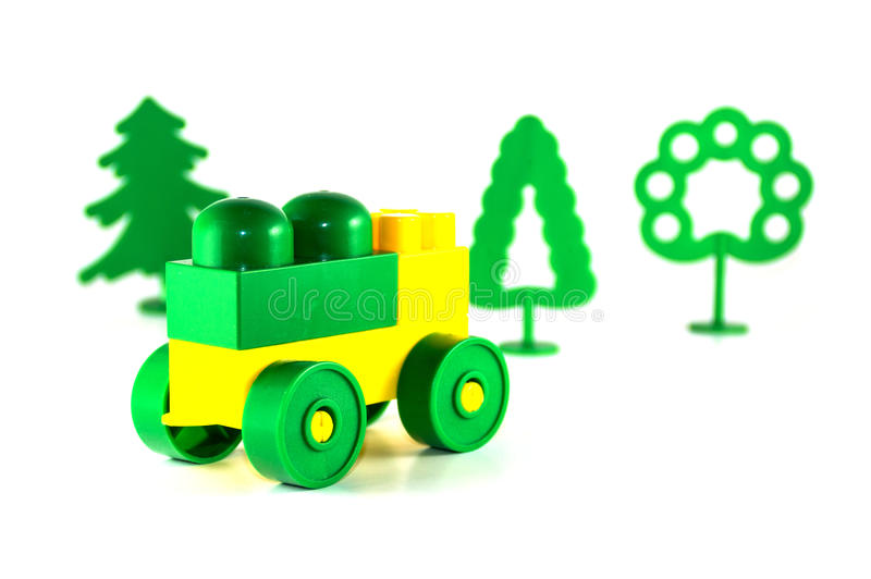 五颜六色的塑料玩具阻拦视频和树乐高电视积木汽车图片