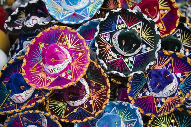 五颜六色的墨西哥阔边帽帽子在墨西哥 免版税图库摄影