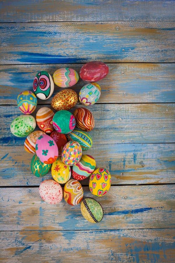 五颜六色的复活节彩蛋集 免版税库存图片