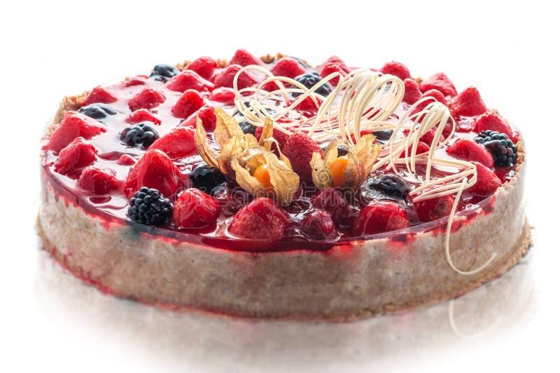 五颜六色的奶油色蛋糕用巧克力打旋,法式蛋糕铺,甜点心,商店的,可口生日蛋糕摄影 库存图片