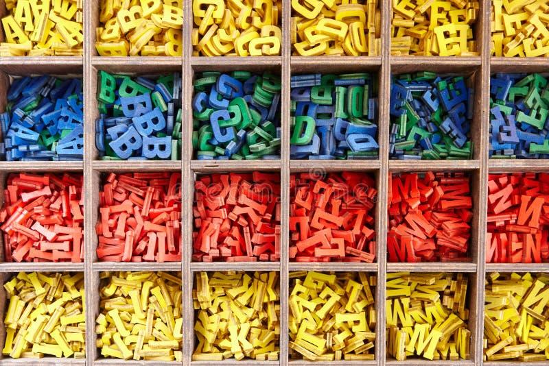 五颜六色的字母表信件的大收藏量 库存照片