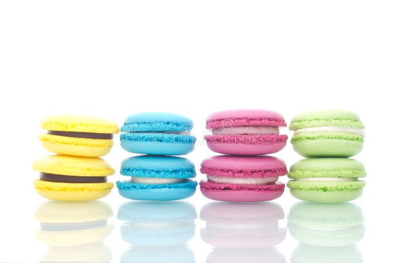 五颜六色的宏观甜蛋白杏仁饼干曲奇饼 库存照片