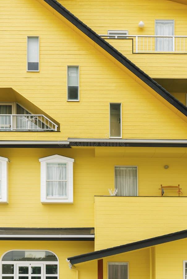 五颜六色的居民住房在日本 图库摄影
