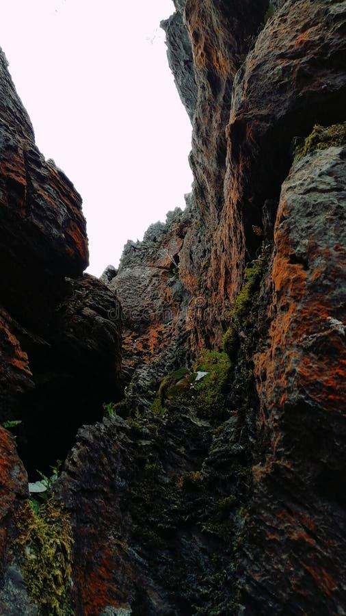 五颜六色的岩石背景 免版税库存图片