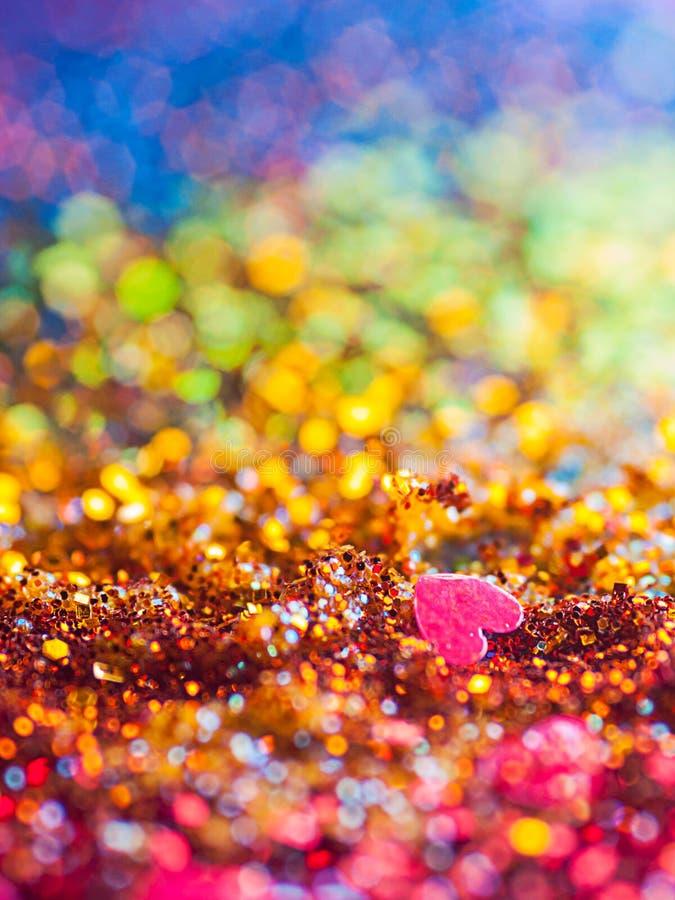 五颜六色的彩虹爱闪烁Bokeh背景 图库摄影