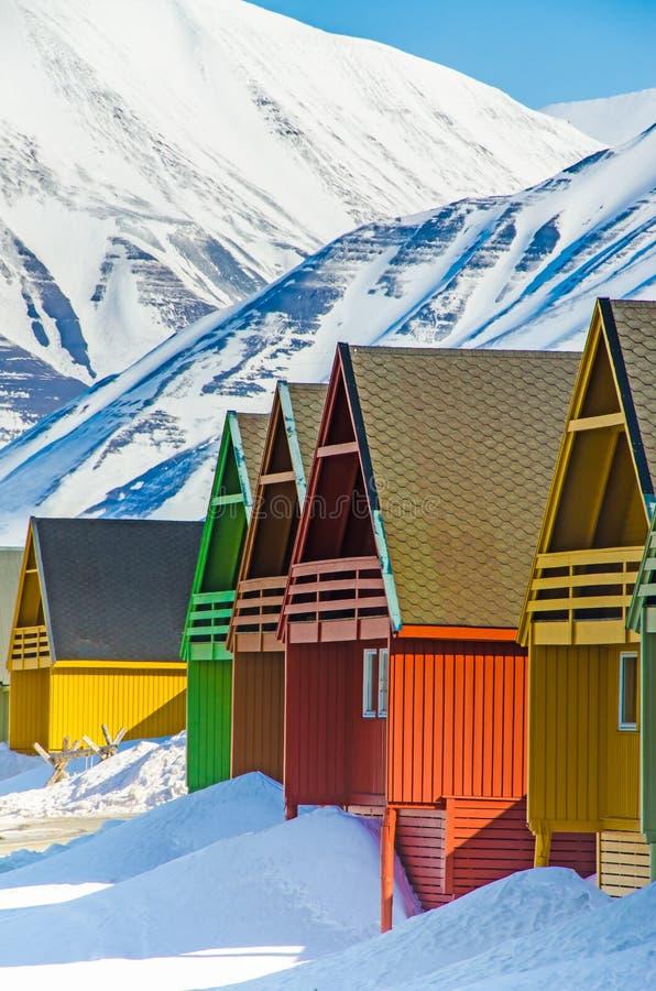 五颜六色的房子,朗伊尔城,卑尔根群岛,斯瓦尔巴特群岛,挪威 图库摄影