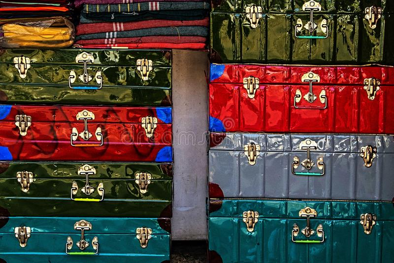 五颜六色的手提箱 库存照片