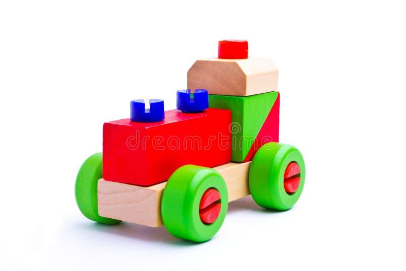 五颜六色的木玩具火车 免版税库存图片