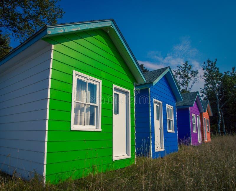 五颜六色的村庄魁北克 免版税库存图片