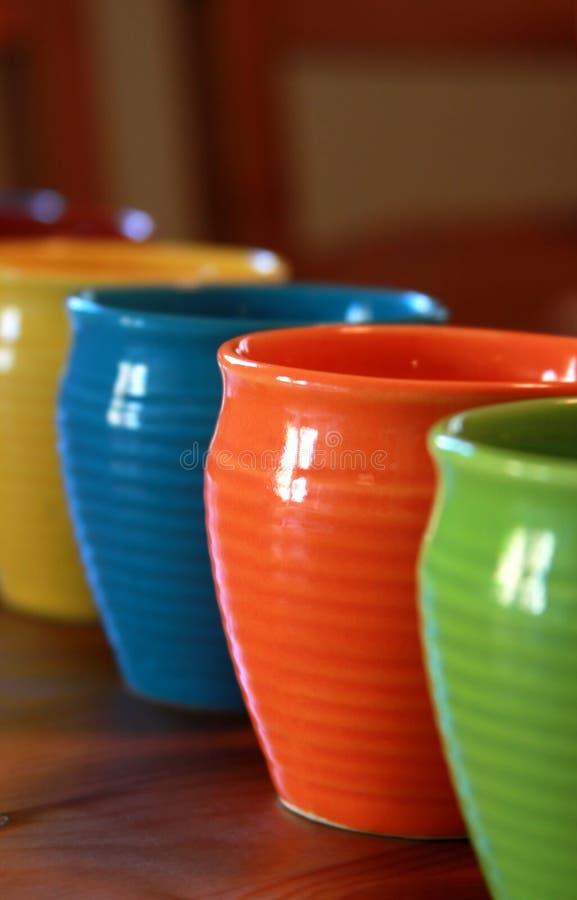 五颜六色的杯子 库存照片