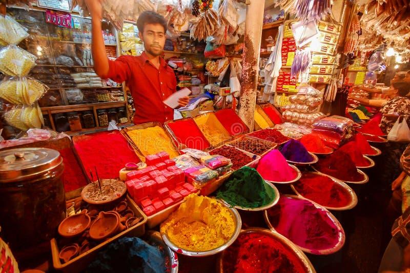 五颜六色的染料待售在印度 免版税库存照片