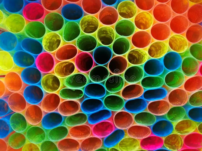 五颜六色的样式塑料包裹的书 免版税图库摄影