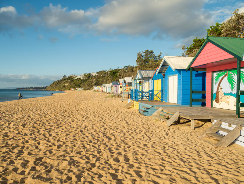 五颜六色的沐浴的箱子在Mornington半岛的Mornington 图库摄影