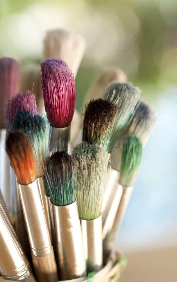 五颜六色的油漆刷 库存照片