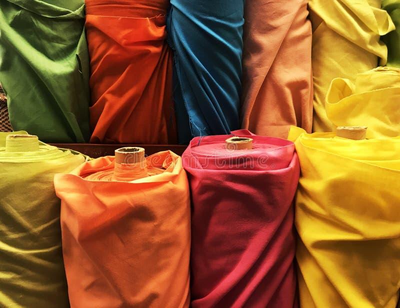 五颜六色的泰国丝绸 库存图片