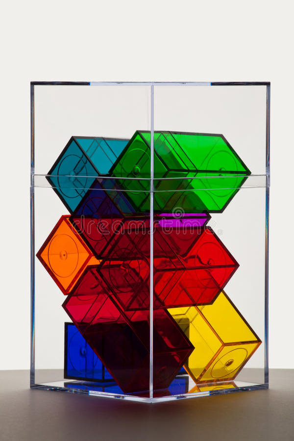 五颜六色的清楚的箱子支持点燃 图库摄影