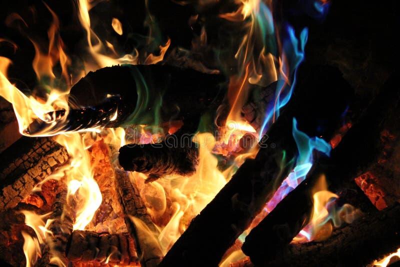 五颜六色的火 免版税库存图片