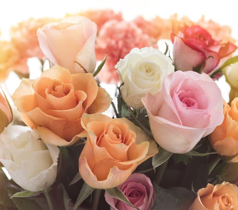 五颜六色的玫瑰花束 免版税库存图片