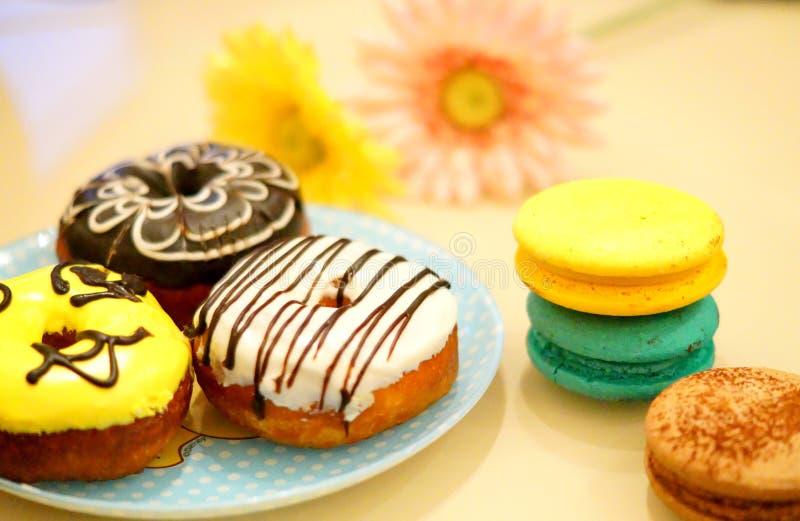 五颜六色的甜点 免版税库存照片