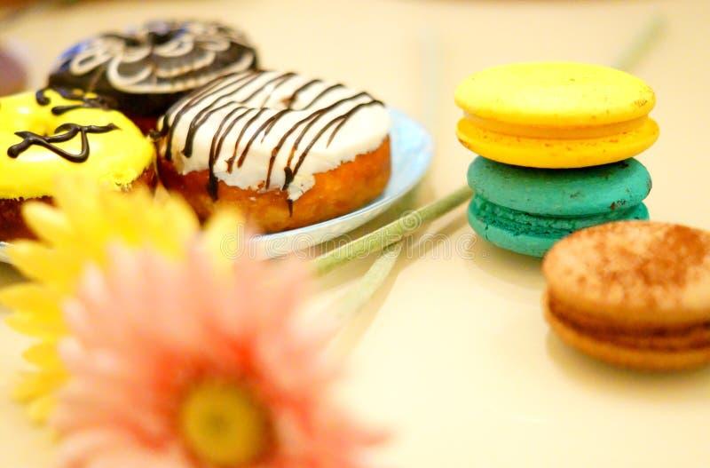 五颜六色的甜点 免版税库存图片