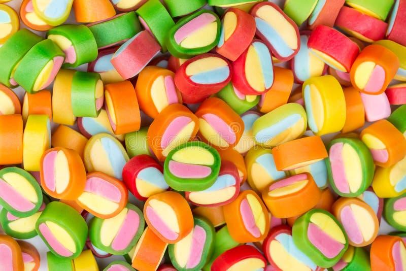 五颜六色的甜耐嚼的糖果。 库存图片