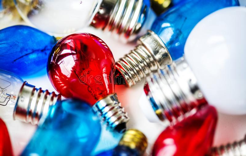 五颜六色的电灯泡的汇集 库存图片