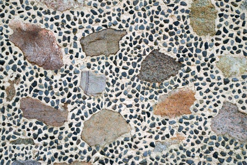 五颜六色的石墙纹理 免版税库存图片