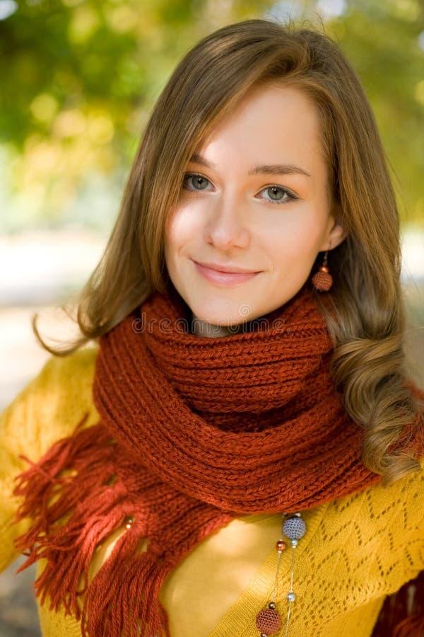 五颜六色的秋天方式妇女 免版税图库摄影