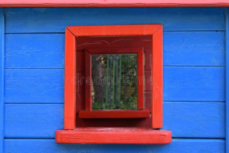 五颜六色的窗口玩具房子 库存照片