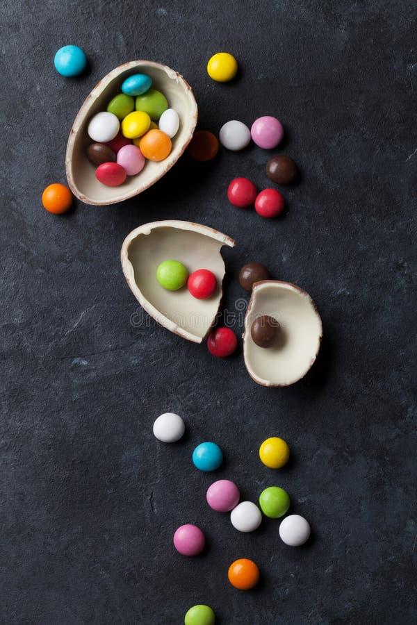 Download 五颜六色的糖果和朱古力蛋 库存照片. 图片 包括有 巧克力, 降低, 节假日, 石头, 红色, 缓和, 大理石 - 72361588