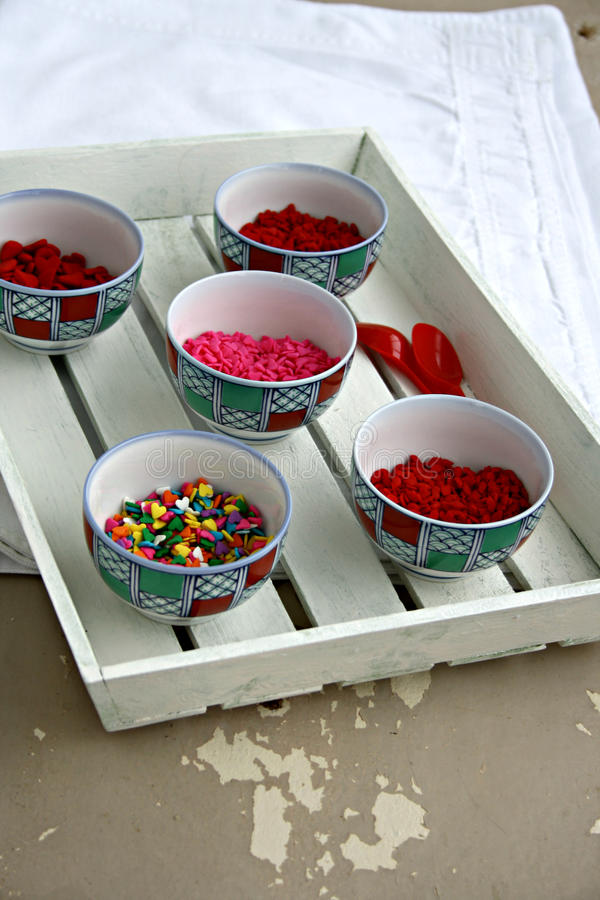 五颜六色的糖果洒 库存图片