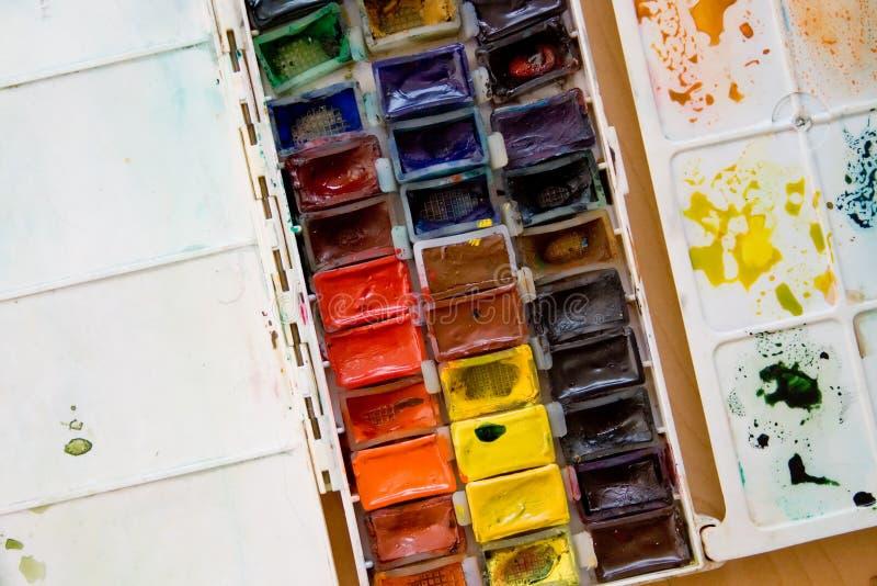 五颜六色的绘具箱调色板水彩 图库摄影