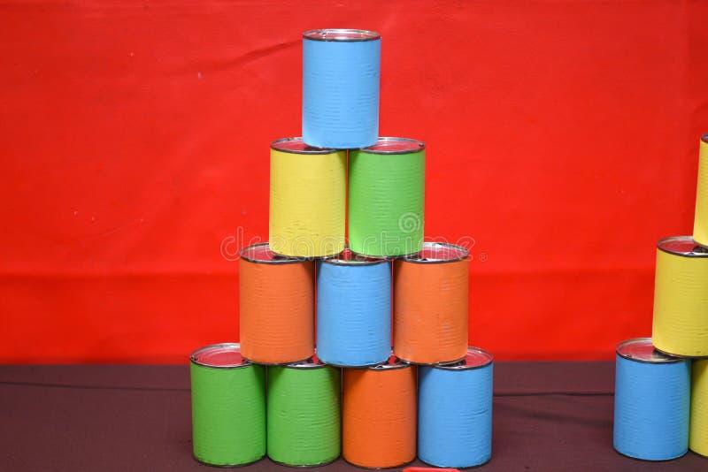 五颜六色的罐头 库存图片
