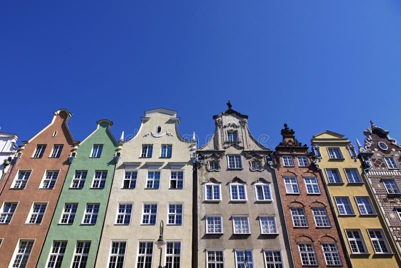 五颜六色的老大厦在市格但斯克 免版税库存图片