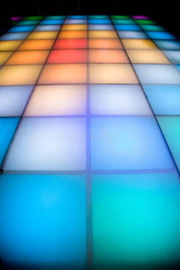 五颜六色的舞蹈迪斯科楼层照明设备 免版税库存照片