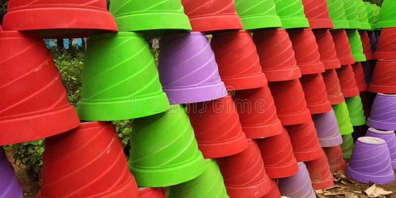 五颜六色的花盆 图库摄影