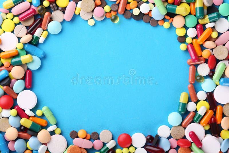 五颜六色的药片 图库摄影