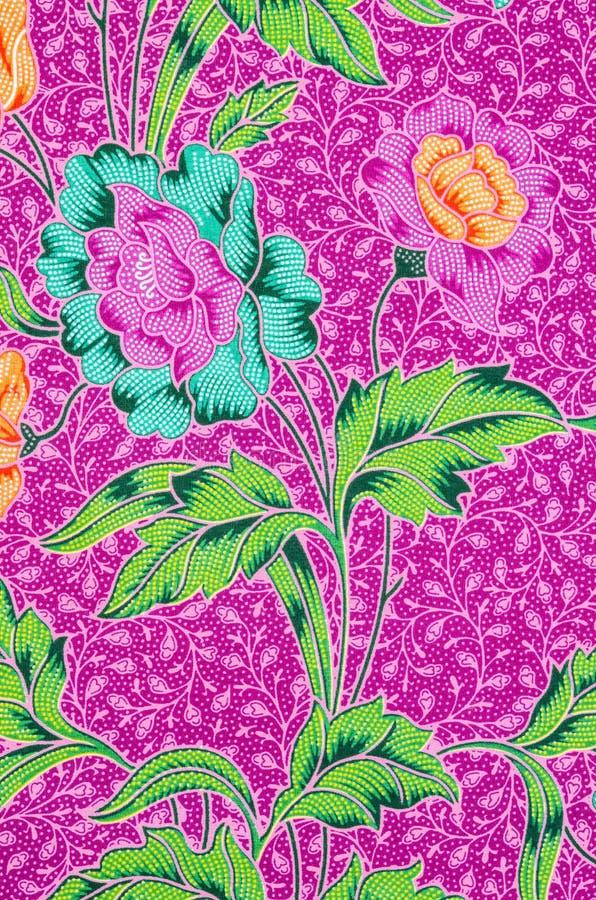 Download 五颜六色的蜡染布布料织品样式 库存照片. 图片 包括有 模式, 对角, 抽象, 布料, beauvoir - 59106354