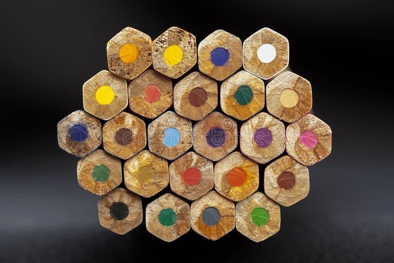 五颜六色的蜡笔 库存图片