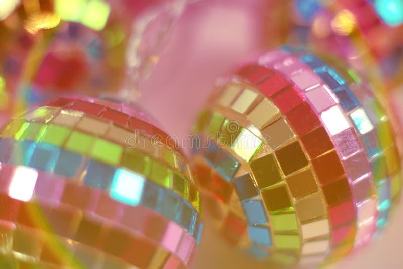 五颜六色的迪斯科球背景关闭 图库摄影
