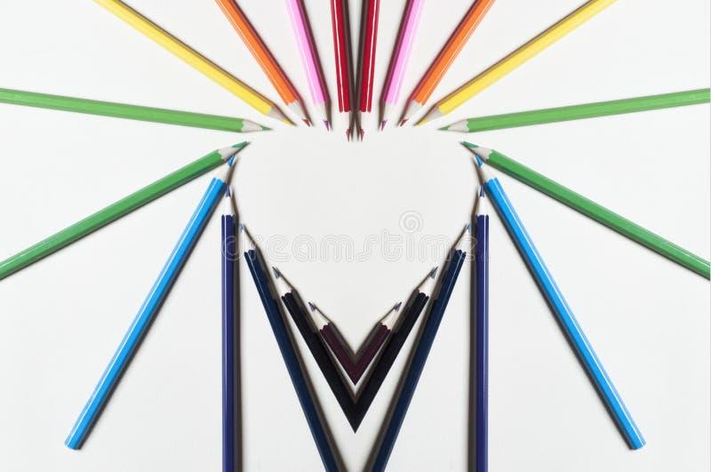 五颜六色的铅笔的心脏形状 图库摄影