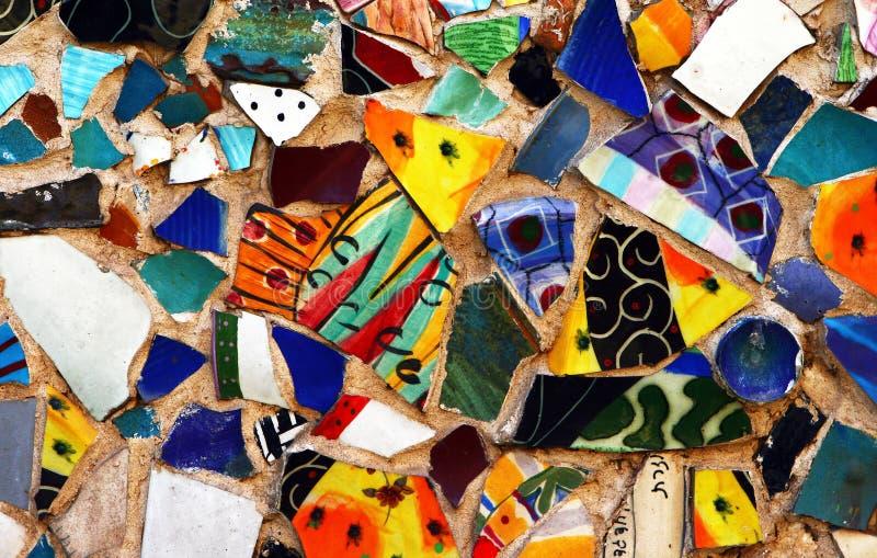 五颜六色的马赛克原始街道墙壁 图库摄影