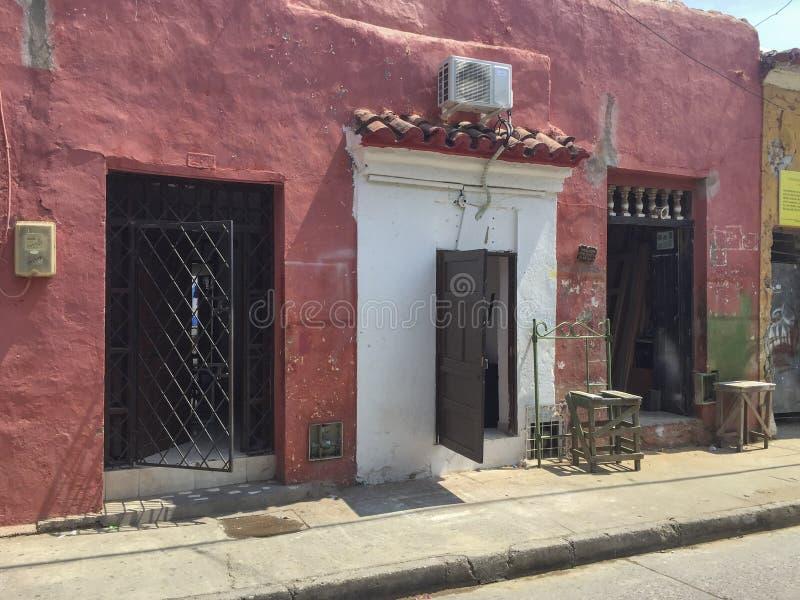五颜六色的建筑学在卡塔赫钠,哥伦比亚 图库摄影