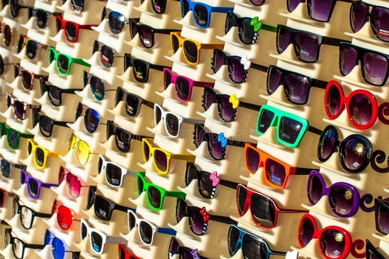 五颜六色的Eyewear 免版税库存照片