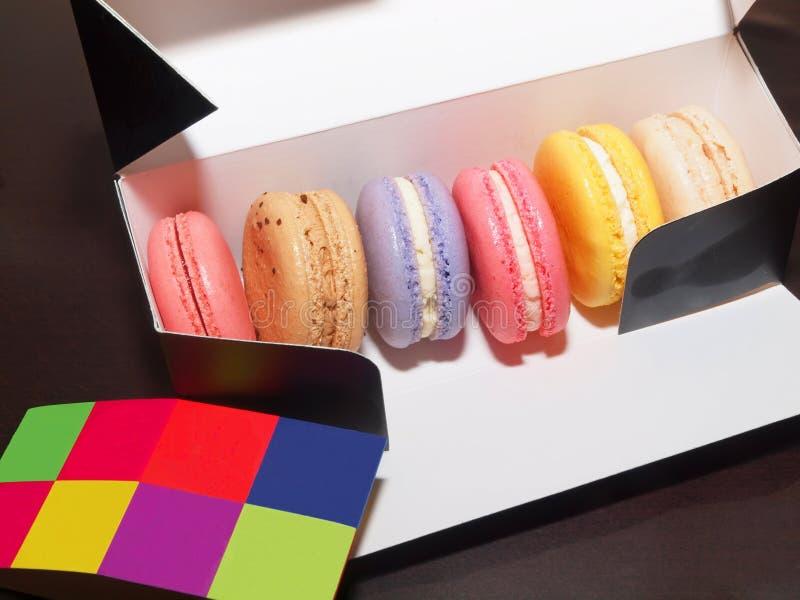 五颜六色的macarons 免版税库存照片