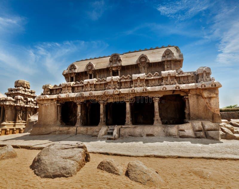五Rathas。马马拉普拉姆,泰米尔纳德邦,南印度 图库摄影